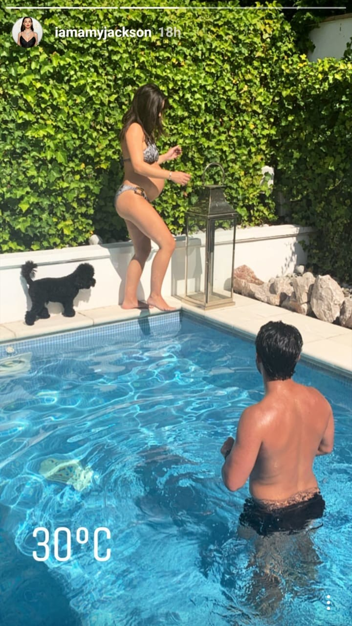 Mom-to-be Amy Jackson chills in the pool with fiance George Panayiotou, see pics 2