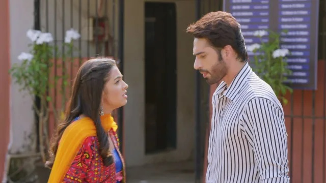 Aapki Nazron Ne Samjha Today's 6th April 2021 Episode Update: Darsh Interrogates Shobit