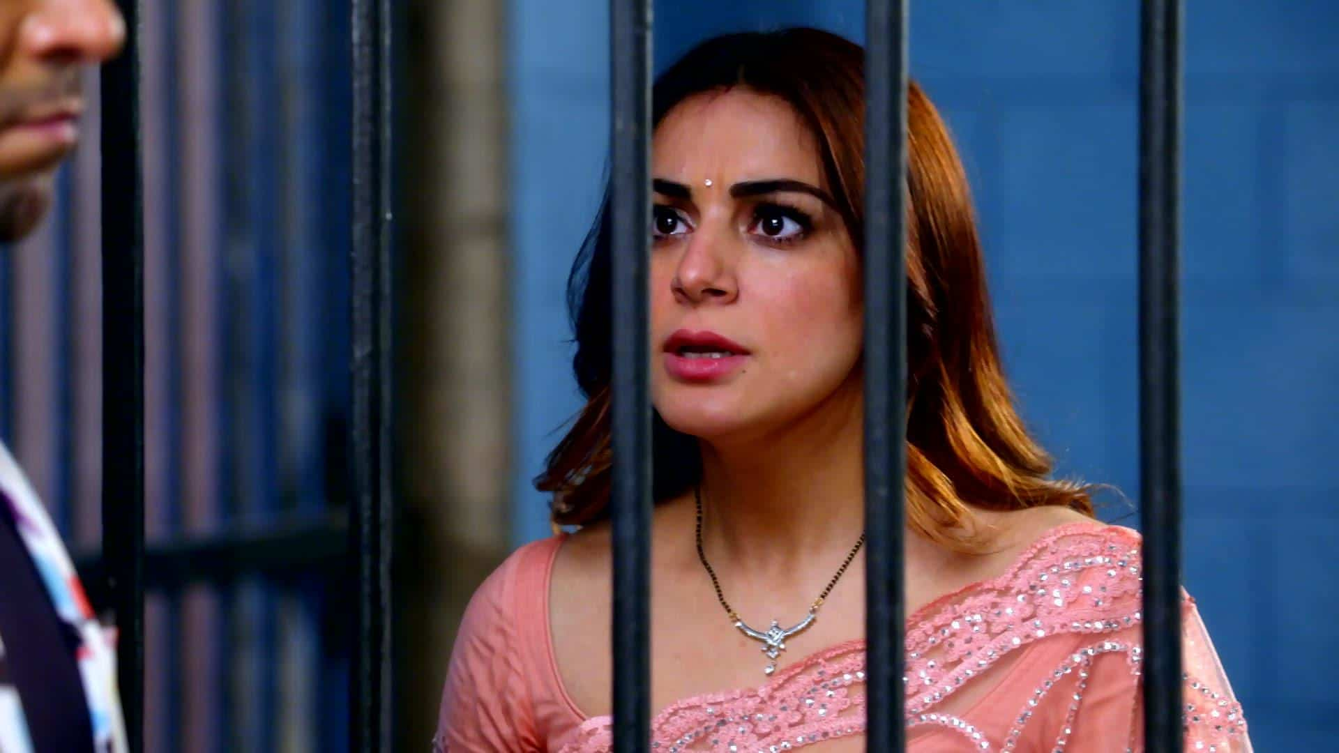 Today's Kundali Bhagya April 19th 2021 Written Episode: Prithvi Gets Blackmailed