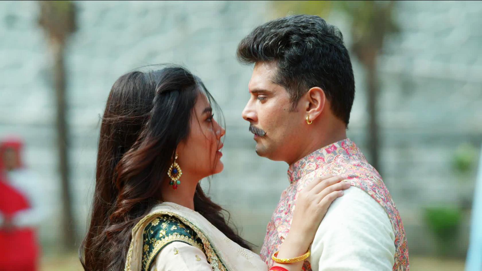 Molkki Written Episode 26th April 2021 Today's Update: Prakashi Catches Sakshi Again