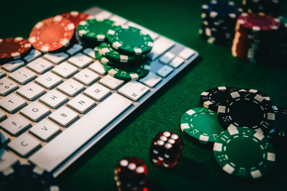 Why Playing With Live Dealer Its More Fun?